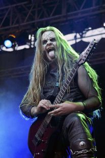 Passend zum Film: Cradle Of Filth hier beim Metalfest Austria 2011